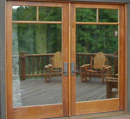 Casa residencial familiar ventanas de madera y aluminio 3d for Puertas corredizas revit